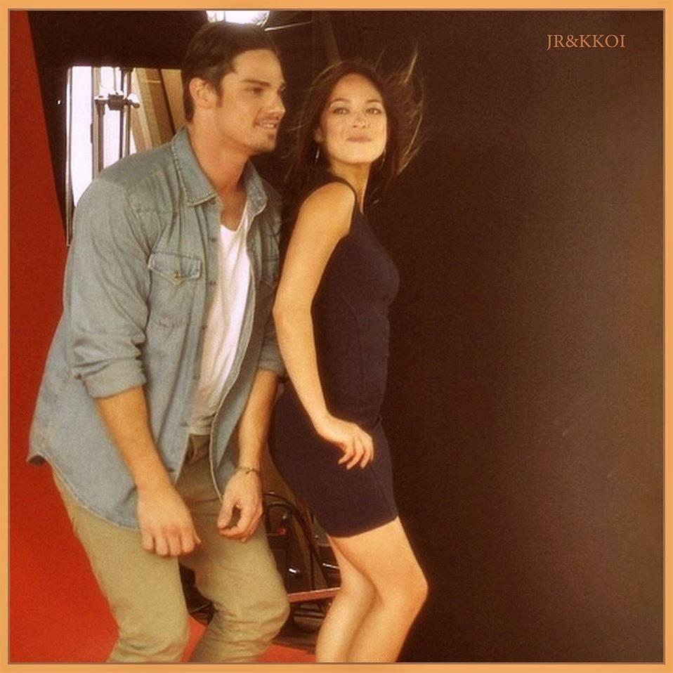 Jay Ryan & Kristin Kreuk Official Italia